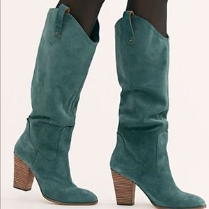 New! Free People western style suede heeled boots